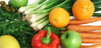 Cancer-Prevention-by-Eating-the-Right-Foods-min